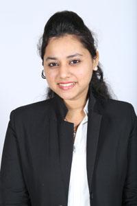Fatima Mukadam (Akademia)